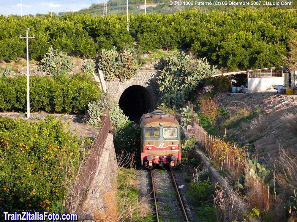 Tren-Pater_002.thumb.jpg.06e339b4044f75e59c3d9675640699c4.jpg