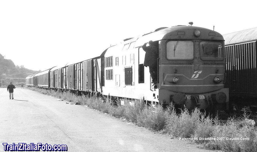 Tren-Pater_003.thumb.jpg.3b542b7b9d87ca6cb33d4af42392e0d6.jpg