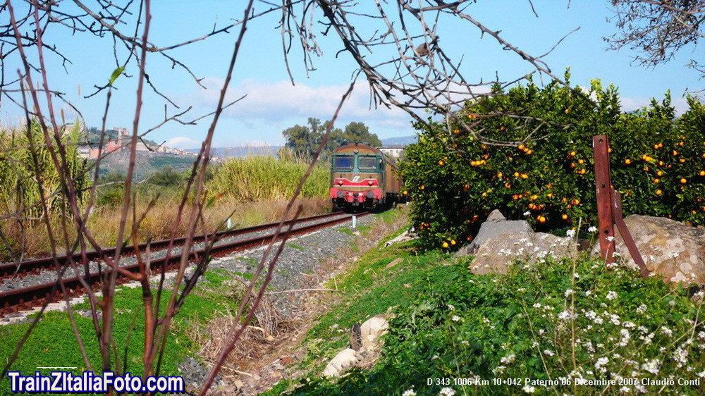 Tren-Pater_006.thumb.jpg.e83be6b20572d9048193ad6684b09288.jpg