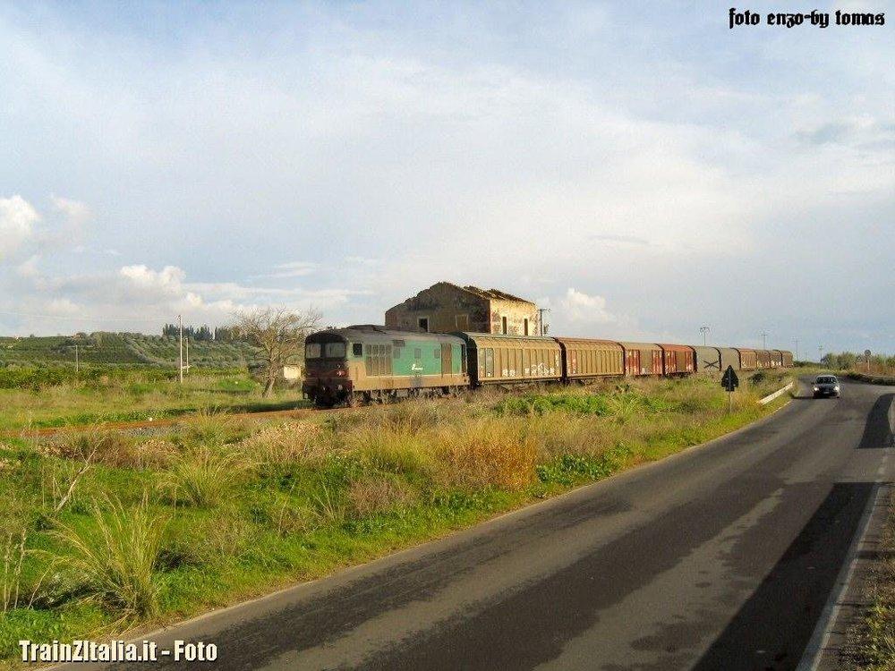 Tren-Pater_014.thumb.jpg.1d9728a25aa7c3d28c645e60b1360c6e.jpg