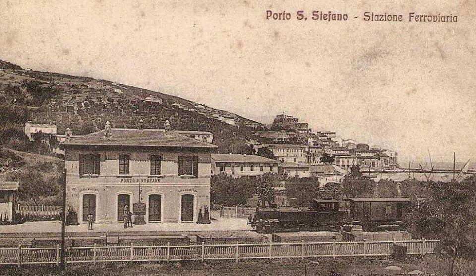 Porto_Santo_Stefano_stazione.jpg.7790f7e640bef76e0ffea2235f72963b.jpg
